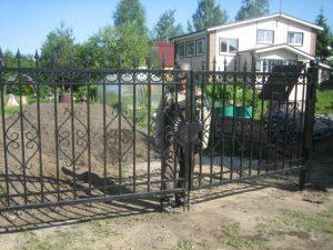 ДВ-74 Ворота для загородных участков с ковкой